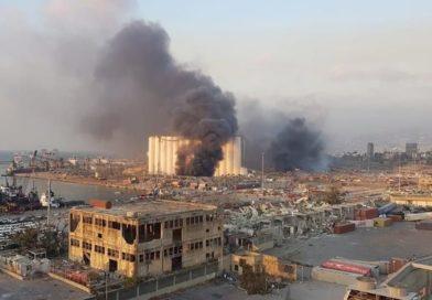 Una explosión masiva sacudió la capital libanesa Beirut; hay muchas víctimas | videos y fotos